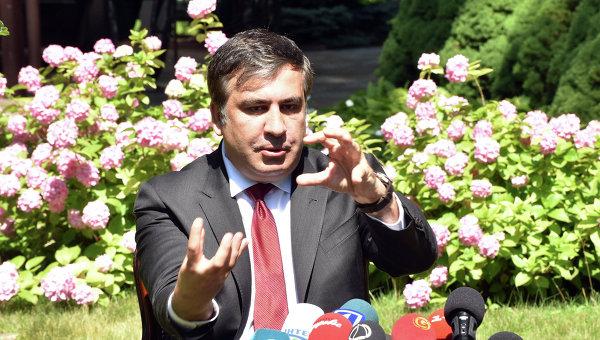 Председатель Одесской областной государственной администрации Михаил Саакашвили на пресс-конференции по итогам встречи с послом США на Украине Джеффри Пайеттом. 6 июля 2015