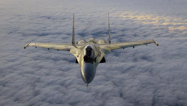 Российский многоцелевой сверхманёвренный истребитель Су-35. Архивное фото