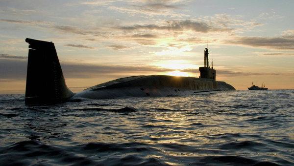 Атомная подводная лодка (АПЛ) Юрий Долгорукий во время ходовых испытаний летом 2009 года