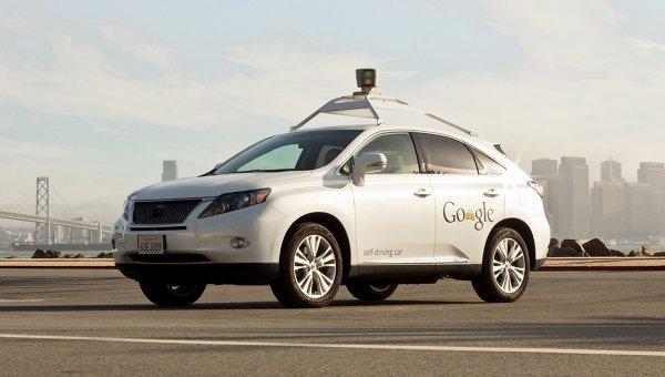 Самоуправляемый автомобиль Lexus SUV Google. Архивное фото