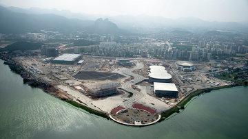 Вид на строящийся Олимпийский парк в Рио-де-Жанейро. Архивное фото
