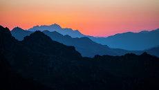 Закат над долиной Мцра