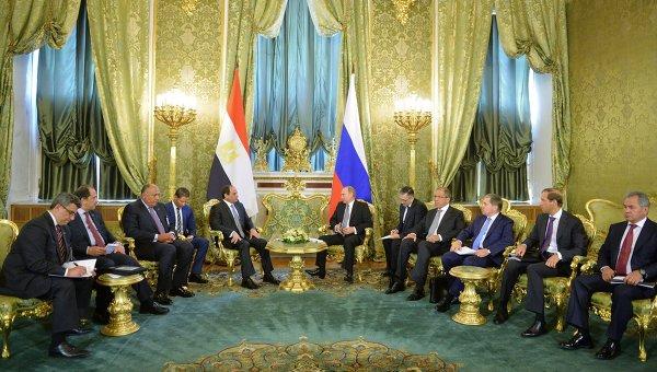 Президент РФ В.Путин встретился президентом Египта А.Ф.ас-Сиси