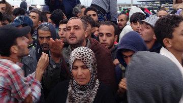 Беженцы на австро-венгерской границе. Архивное фото
