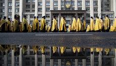 Крестный ход  московского Кремля к Высоко-Петровскому монастырю. Архивное фото