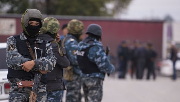 Сотрудники правоохранительных органов Киргизии. Архивное фото