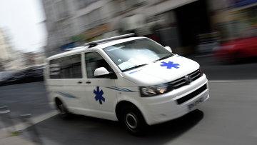 Автомобиль скорой помощи во Франции. Архивное фото
