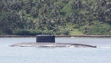 Индийская подлодка у входа в базу ВМС Индии Порт-Блэр. Архивное фото