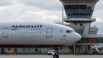 Самолет авиакомпании Аэрофлот в международном аэропорту Шереметьево. Архивное фото