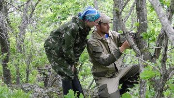 Установка фотоловушки на территории национального парка Земля леопарда