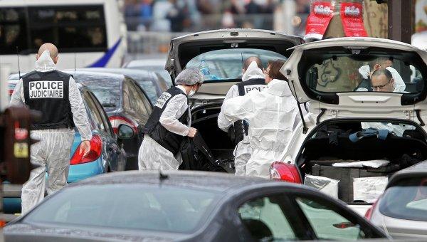 Полиция на месте теракта в Париже, 14 ноября 2015
