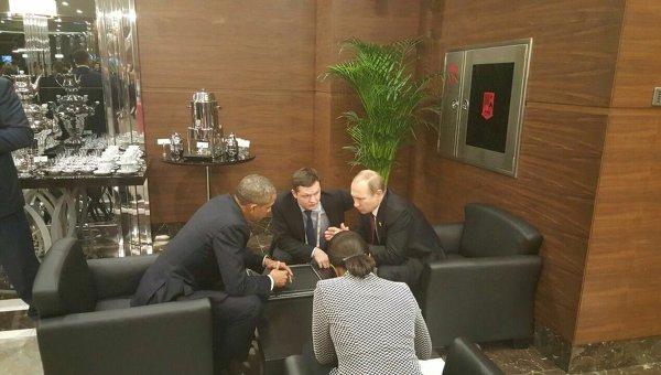 Президенты России и США Владимир Путин и Барак Обама на полях саммита двадцатки