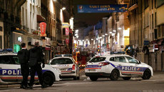 Полиция Франции во время операции в районе Сен-Дени. Архивное фото