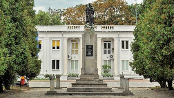 Памятник благодарности Красной Армии в польском городе Мелец