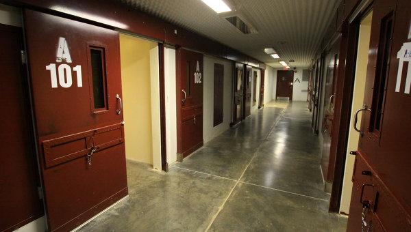 Коридор лагеря, где содержатся особо опасные заключенные. Архивное фото