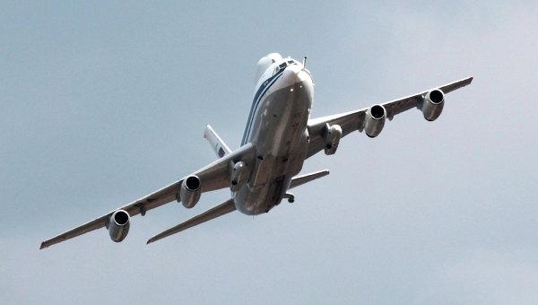 Самолет. Архивное фото.