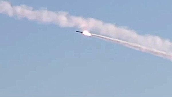 Групповой пуск крылатых ракет по объектам террористов в Сирии