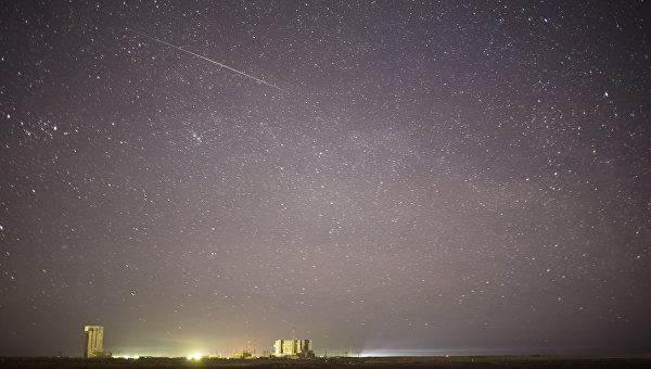 Фотография метеорита над Байконуром. Архивное фото