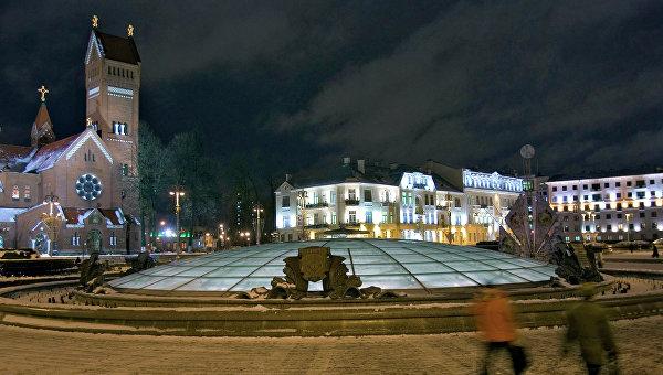 Минск, площадь Независимости. Архивное фото