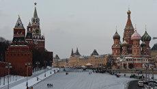 Васильевский спуск и Красная площадь в Москве