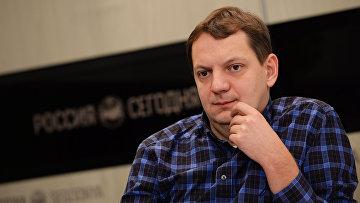 Журналист Орлов Алексей
