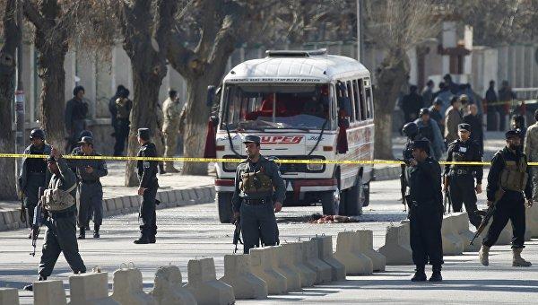 Полиция на месте теракта в Кабуле. Архивное фото