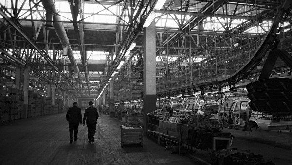 Волжский автомобильный завод (ВАЗ) в городе Тольятти
