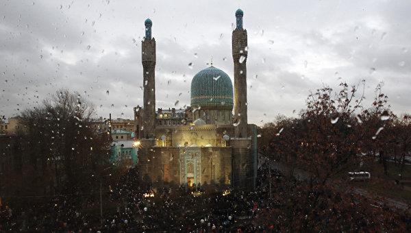 Мусульманский праздник Курбан-Байрам у самой северной мечети России
