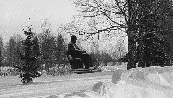 Заповедник Щелыково, памятник русскому драматургу А. Н. Островскому. Архивное фото