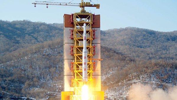 Запуск баллистической ракеты с космодрома Сохэ в КНДР, 7 февраля 2016