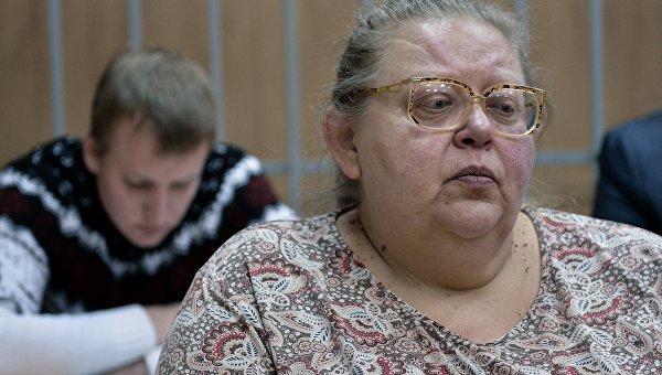 Бывший топ-менеджер Банка Москвы Алла Аверина в Мещанском суде города Москвы. Февраль 2016