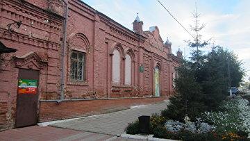 Культурно-развлекательный центр Новый век в г. Тетюши, (Татарстан), где вскоре должен появиться новый комфортный 3D-кинотеатр, привлекает до 20 тысяч посетителей в год