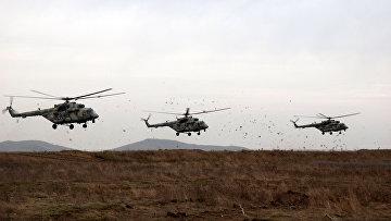 Учения отдельных соединений Воздушно-десантных войск и Военно-транспортной авиации на Чёрном море. Архивное фото