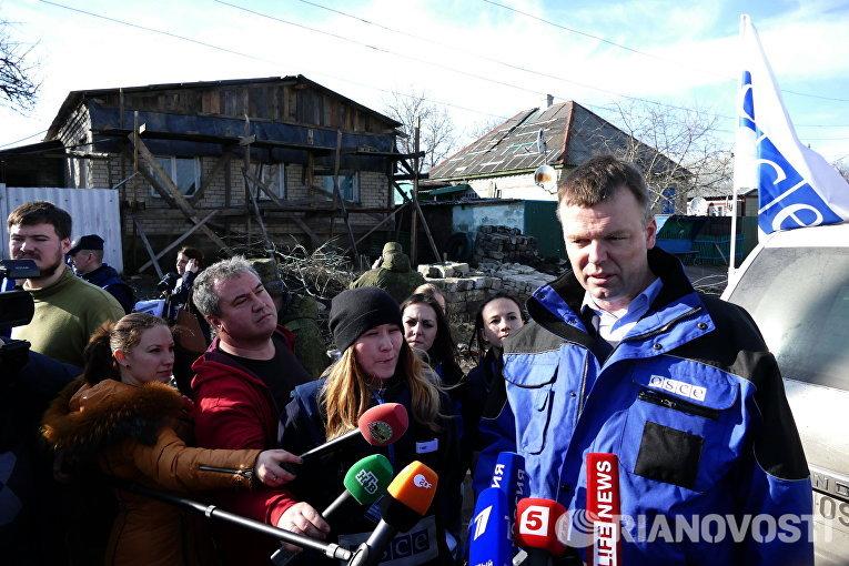 Первый заместитель главы специальной мониторинговой миссии Организации по безопасности и сотрудничеству в Европе (ОБСЕ) на Украине Александр Хуг