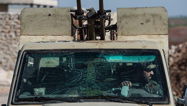 Военнослужащие Сирийской Арабской армии в провинции Алеппо. Архивное фото