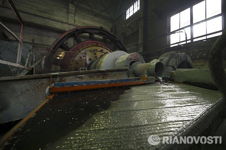 На Центральной обогатительной фабрике Березовского золотоносного рудника в Свердловской области