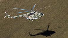 Вертолет Ми-8АМТШ Терминатор во время учебно-тренировочного полета экипажей армейской авиации отдельного вертолетного полка Южного военного округа, базирующихся в городе Кореновск Краснодарского края. Архивное фото