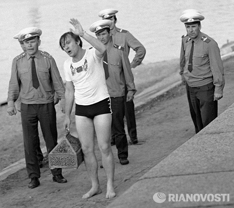 Андрей Миронов в фильме Невероятные приключения итальянцев в России