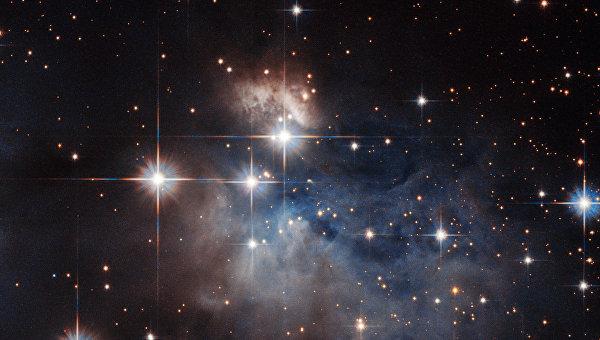 Фотография звезды с радужным спектром