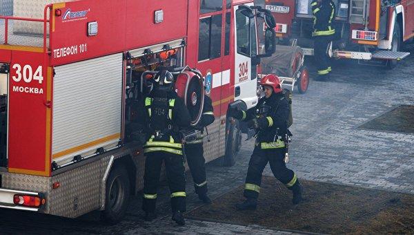 Сотрудники пожарно-спасательного подразделения МЧС России