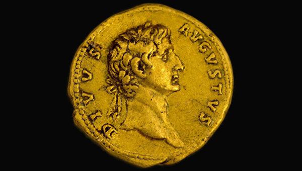Древнеримская золотая монета найденная в Израиле