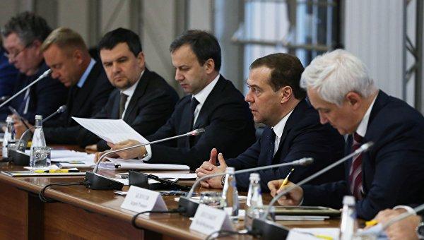 Председатель правительства РФ Дмитрий Медведев проводит на площадке предприятия Стан в Коломне заседание президиума Совета при президенте РФ по модернизации экономики и инновационному развитию