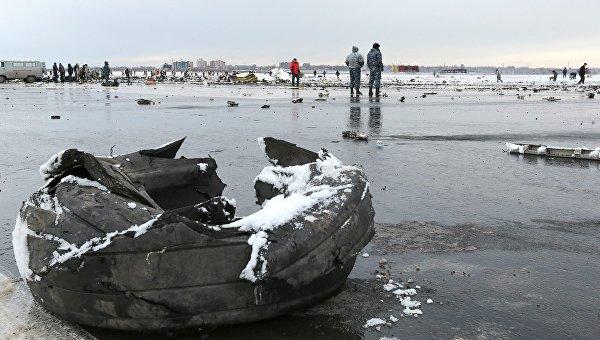 На месте крушения пассажирского самолета Boeing-737-800 в Ростове-на-Дону. Архивное фото