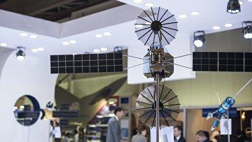 Модель телекоммуникационного спутника-ретранслятора Луч-5А