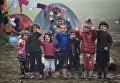 Дети-мигранты в деревне Идомени