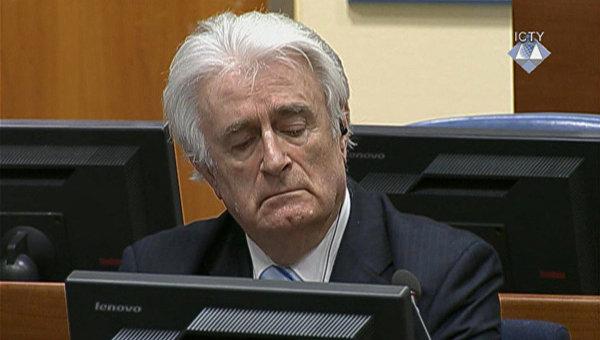Экс-президент Республики Сербской в Боснии и Герцеговине Радован Караджич во время суда Международного трибунала в Гааге. 24 марта 2016