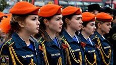 Курсанты Дальневосточной пожарно-спасательной академии МЧС на торжественной церемонии открытия Вахты памяти во Владивостоке