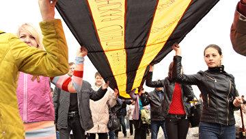 Митинг на Саур-могиле по случаю 71-летия Победы в Великой Отечественной войне. Донецкая область, Украина