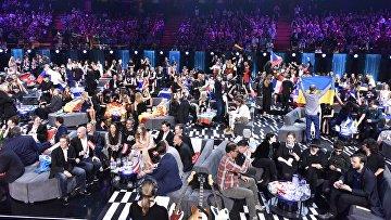 Участники музыкального конкурса Евровидение - 2016 ожидают начала голосования  в Стокгольме