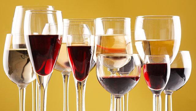 Бокалы с вином. Архивное фото